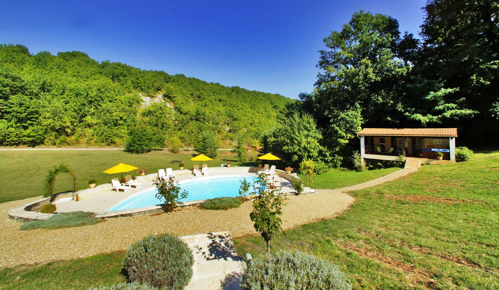 Kleinschalig vakantiepark la Nouvelle Source in Dordogne, Frankrijk