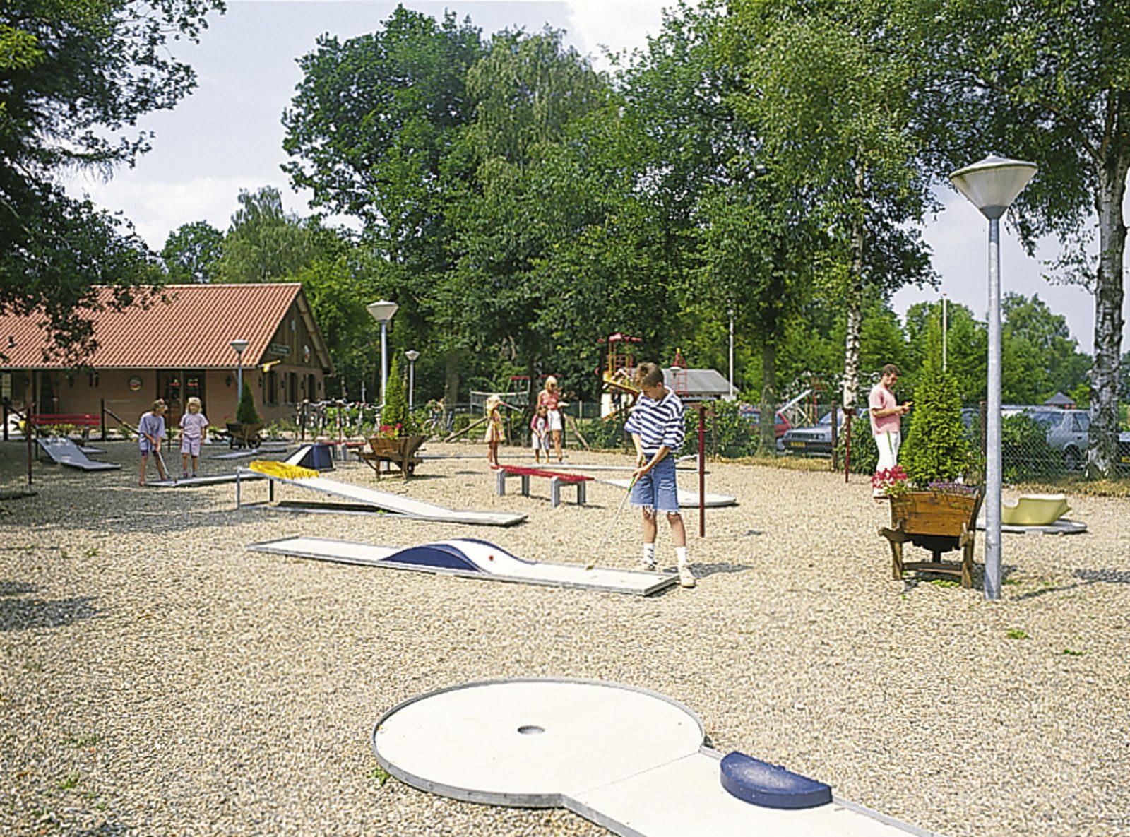 Minigolf course Holten
