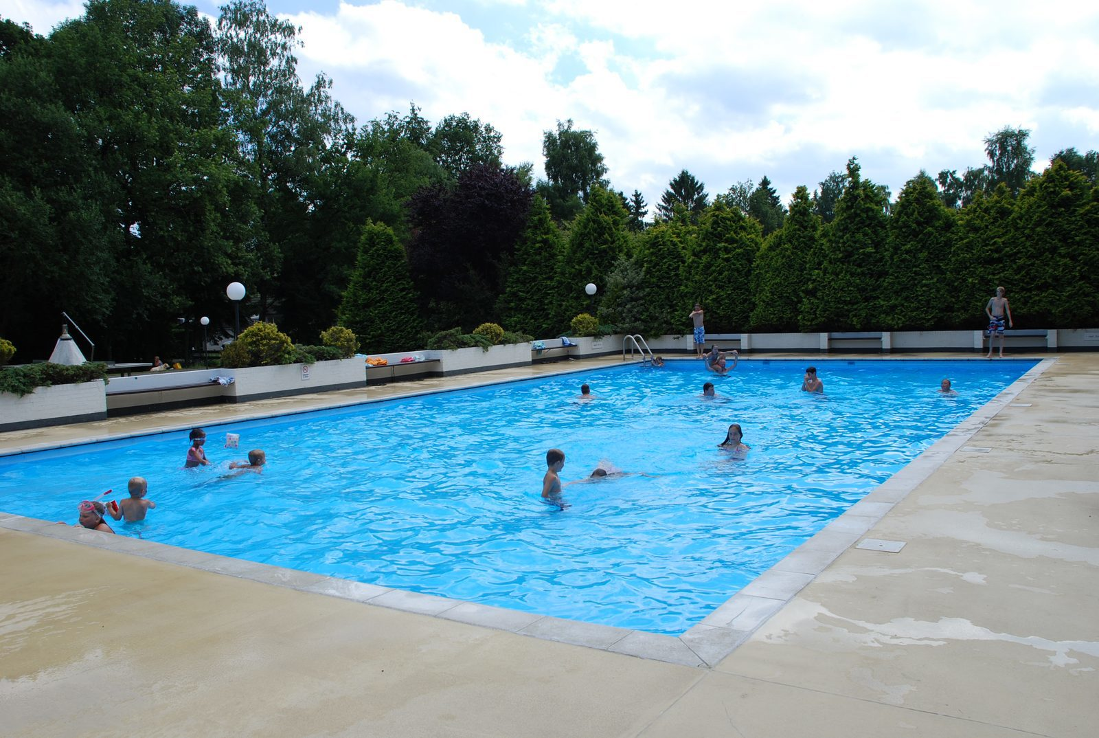 Holiday park with outdoor pool (open until September 30th)
