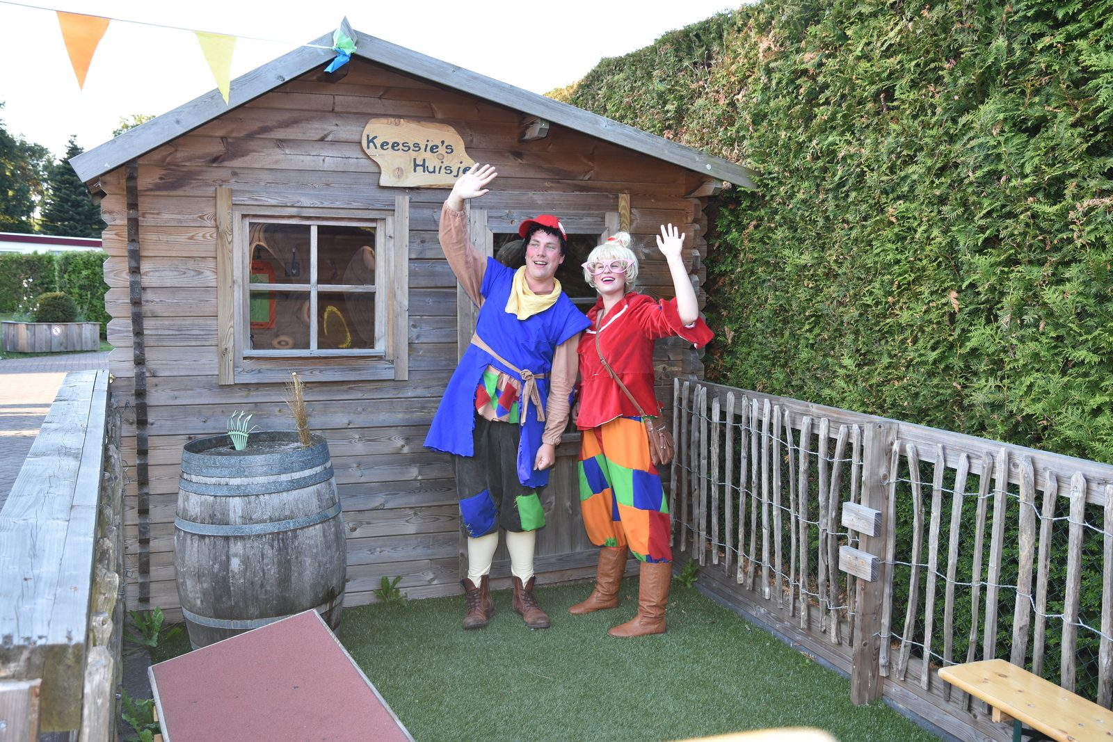 Mascots Keessie and Willie on the Veluwe | Recreation Park De Boshoek