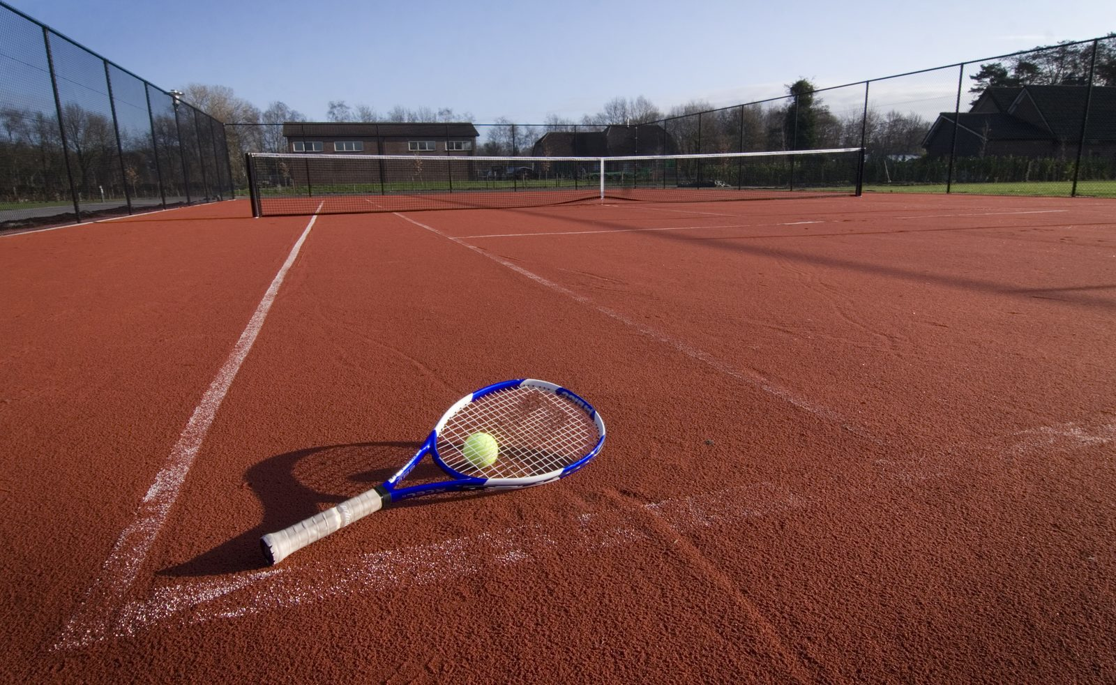 Playing tennis and sports during a vacation at the Veluwe | Recreation Park De Boshoek