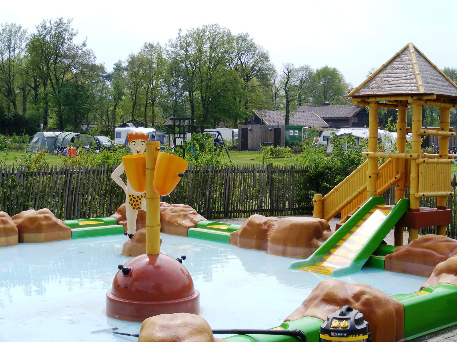 Gehen Sie schwimmen in Voorthuizen im Freizeitpark De Boshoek