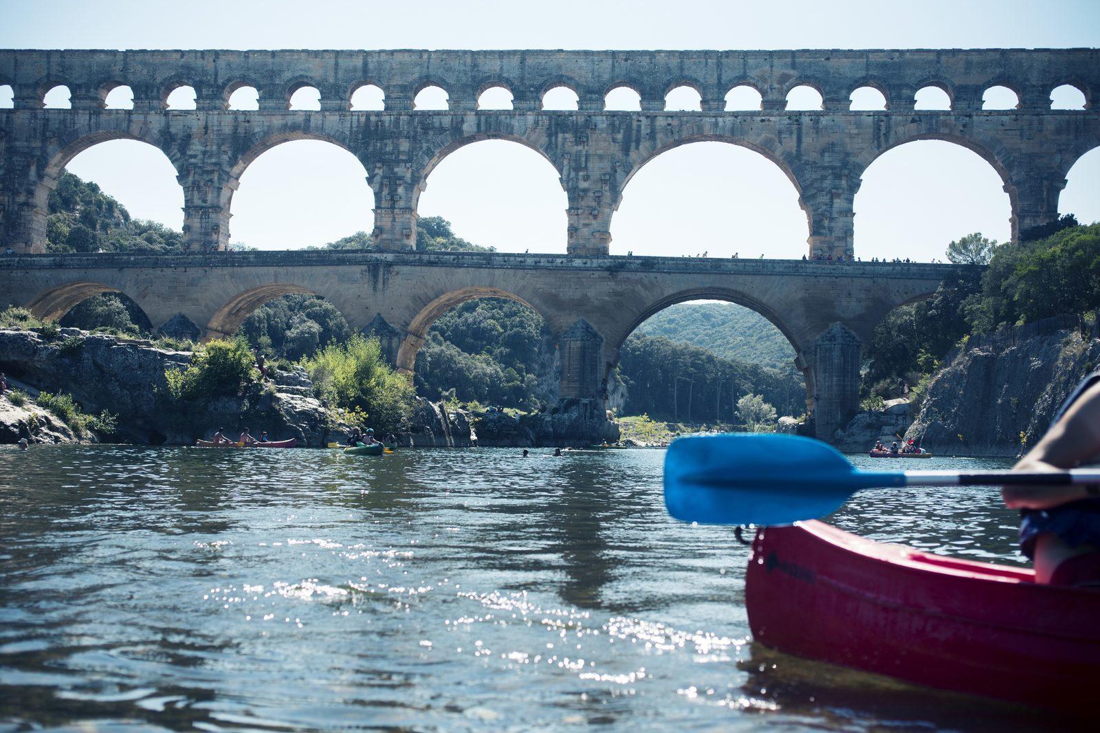 Kanovaren bij de Pont du Gard