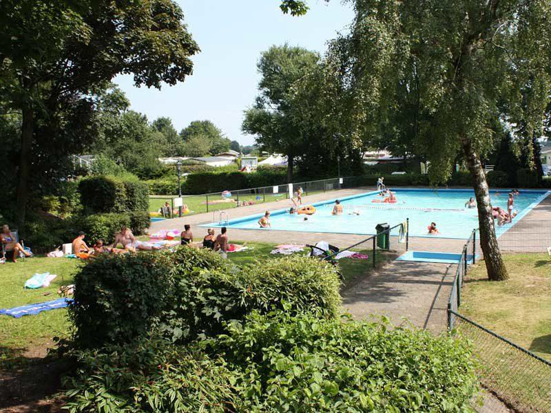 Campings Nederland Met Zwembad Succes Holidayparcs