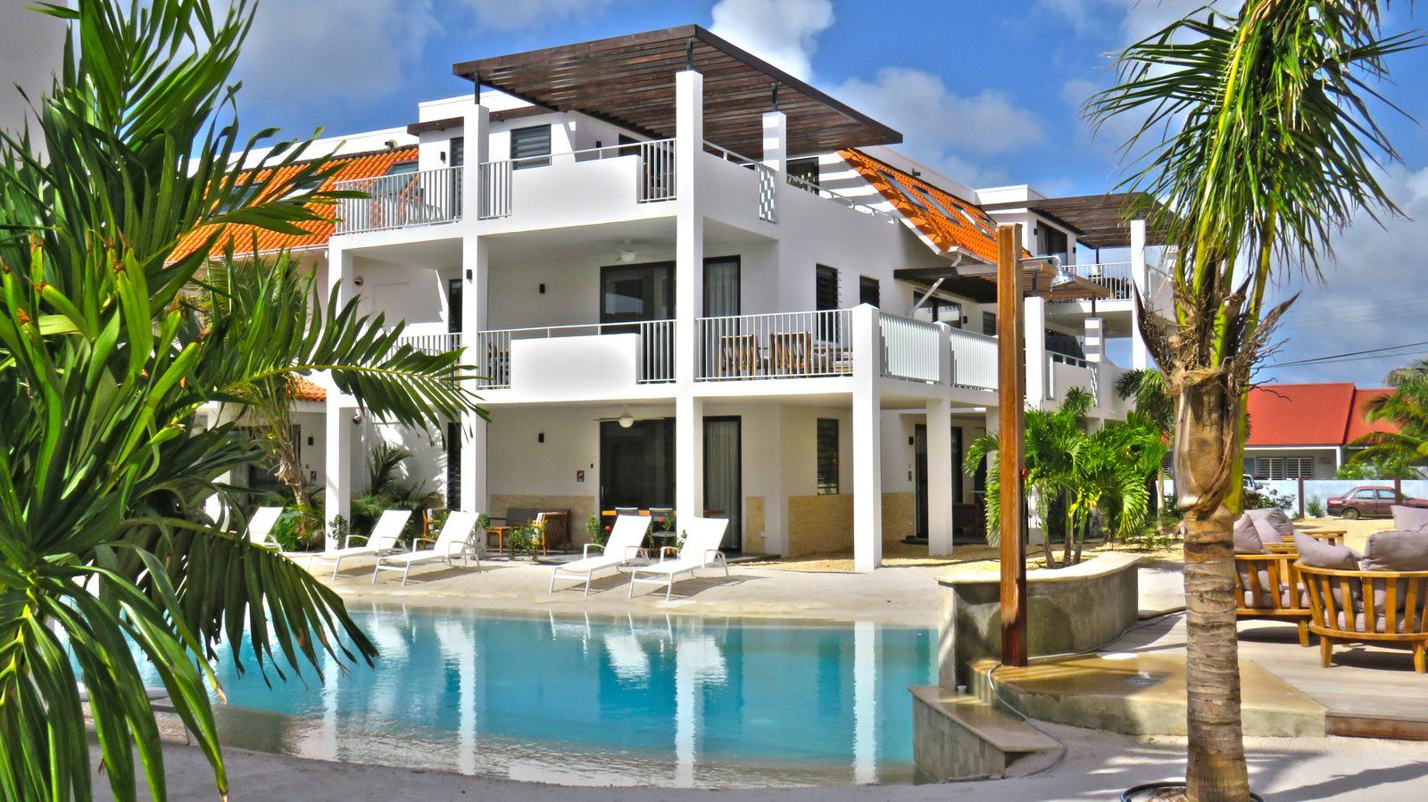 Urlaub machen auf Bonaire? Bei uns im Resort Bonaire ist dies möglich! Wir bieten verschiedene Apartments an, die luxuriös mit allem, was man braucht, eingerichtet sind.
