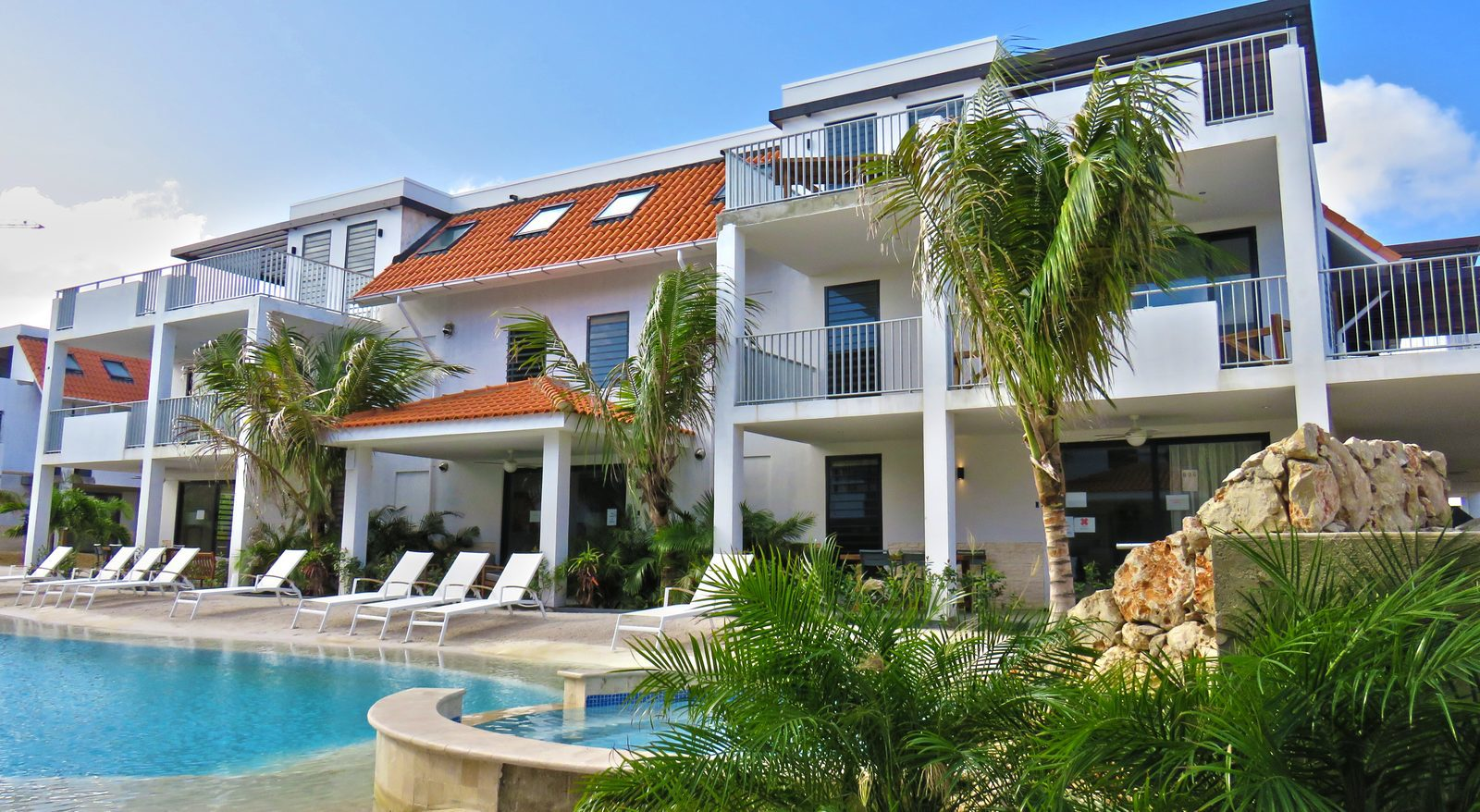 Our Bonaire apartments rentals are suitable for couples, big and small families. You can relax and enjoy the nice ambiance of this great island.