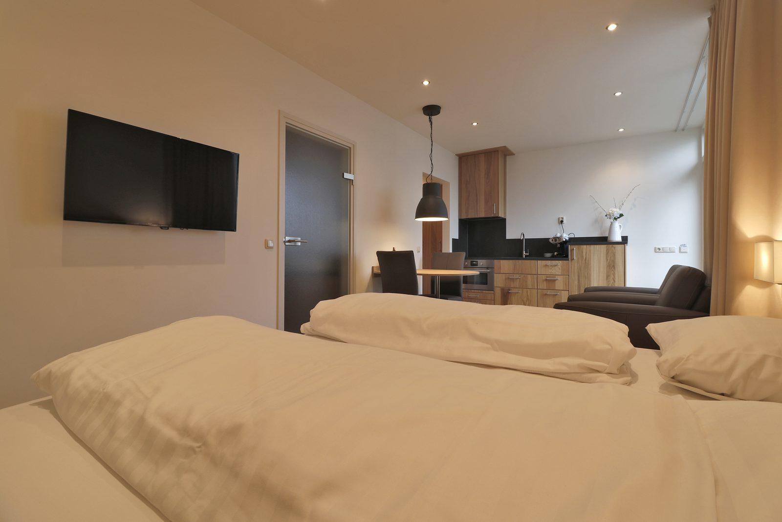 Overnachten in een Premium Kamer of Comfort Studio op Hof van Salland