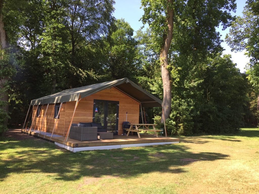 Safari lodgetent huren