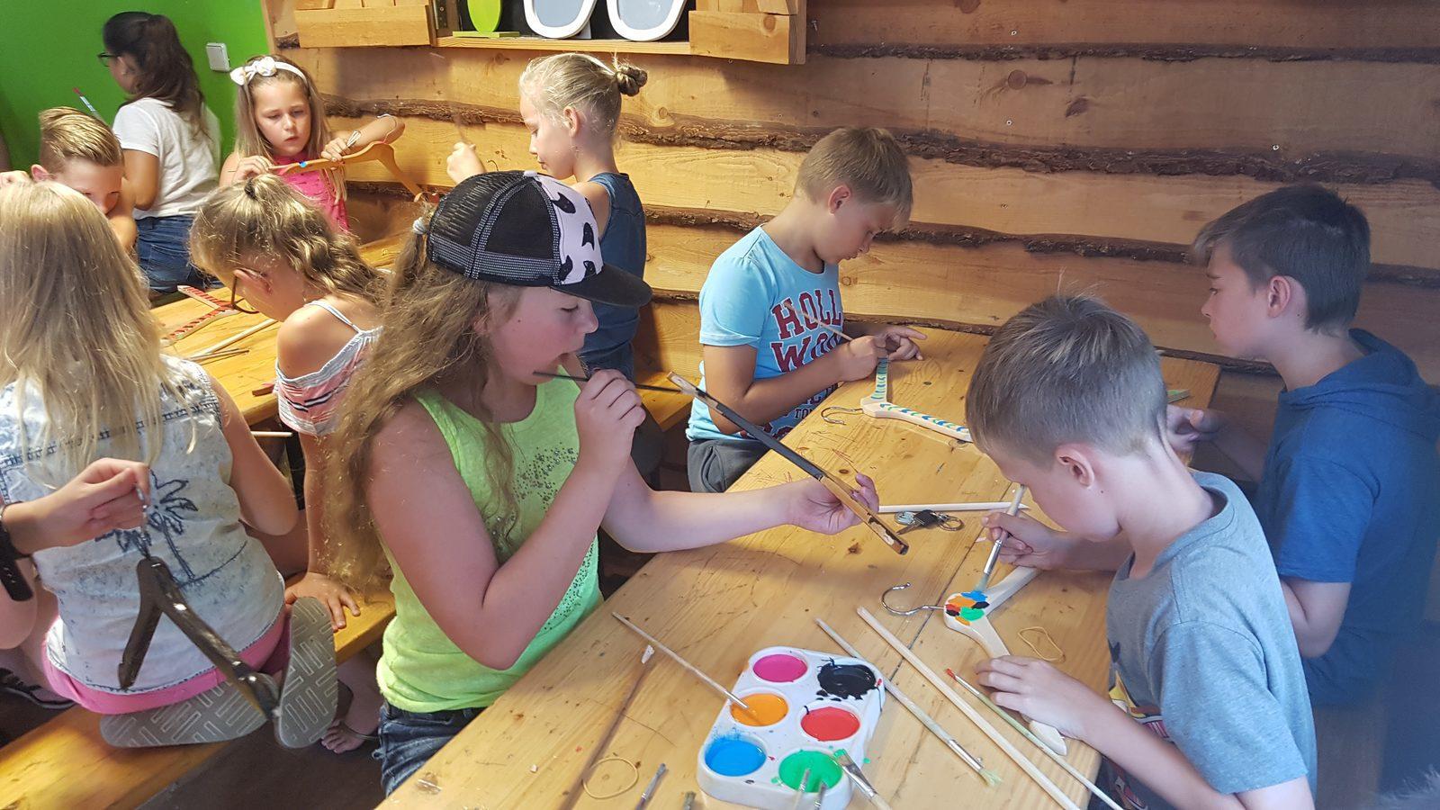 Leuke knutsels maken tijdens vakantie op Recreatiepark De Boshoek