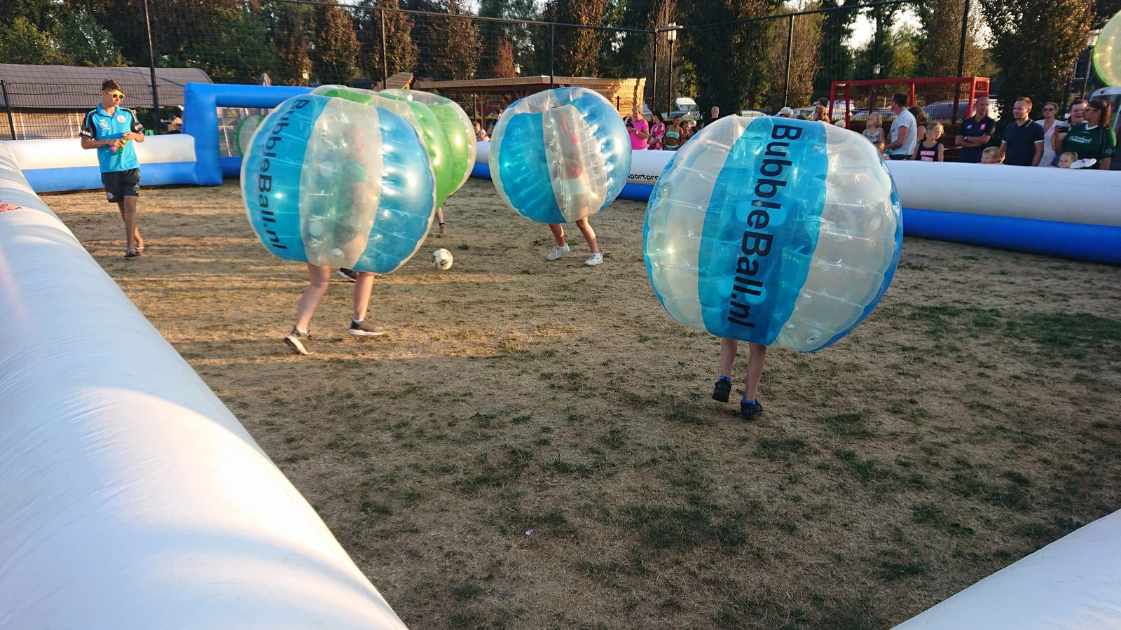 bubble ball op De Boshoek