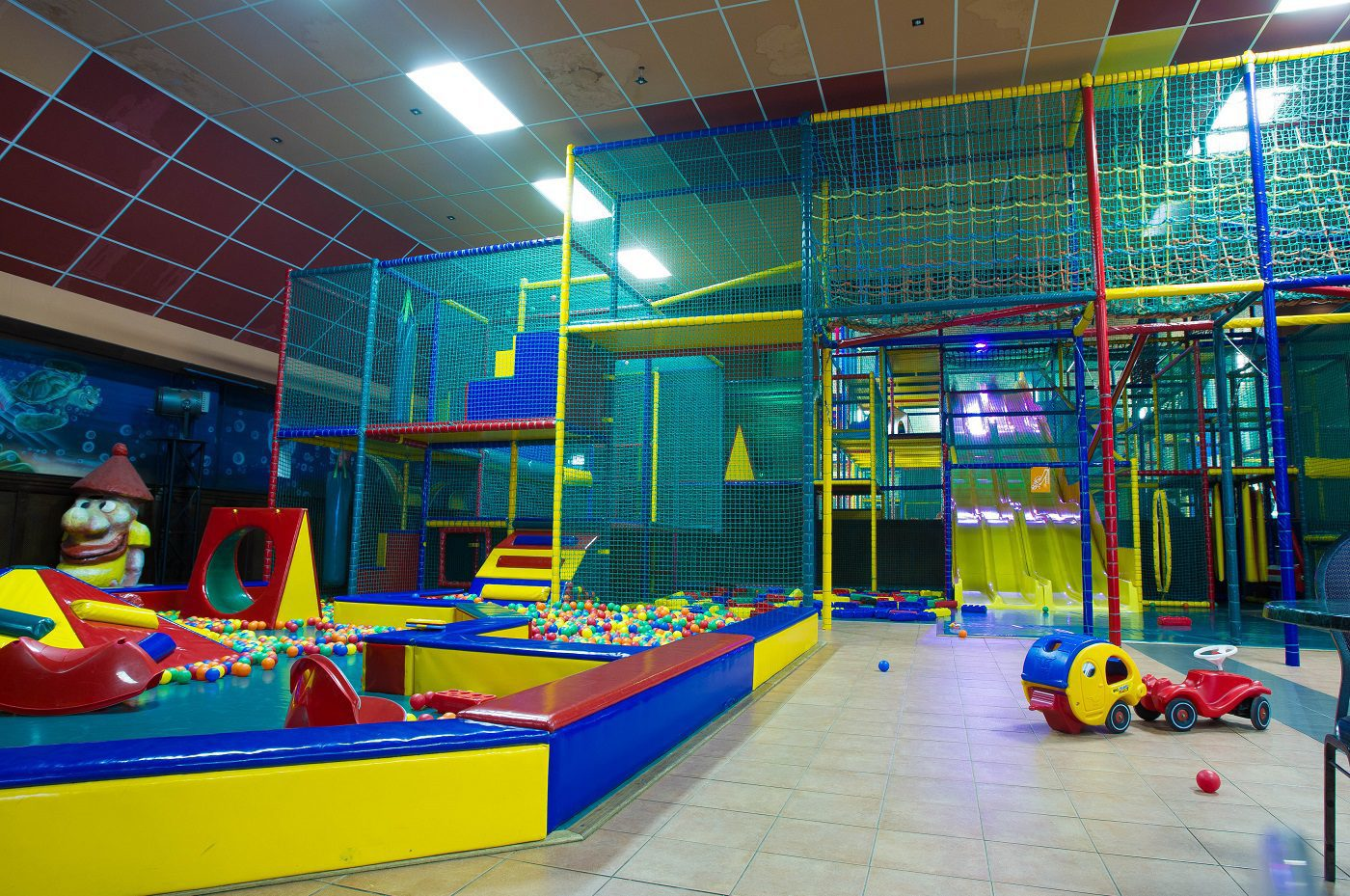 Indoor play paradise Play City