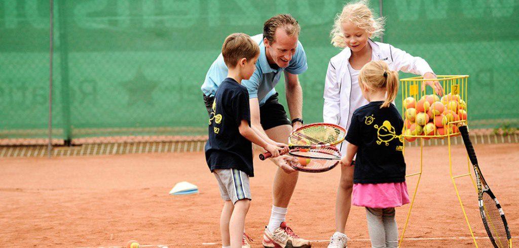 Tennisbanen en klimcentra