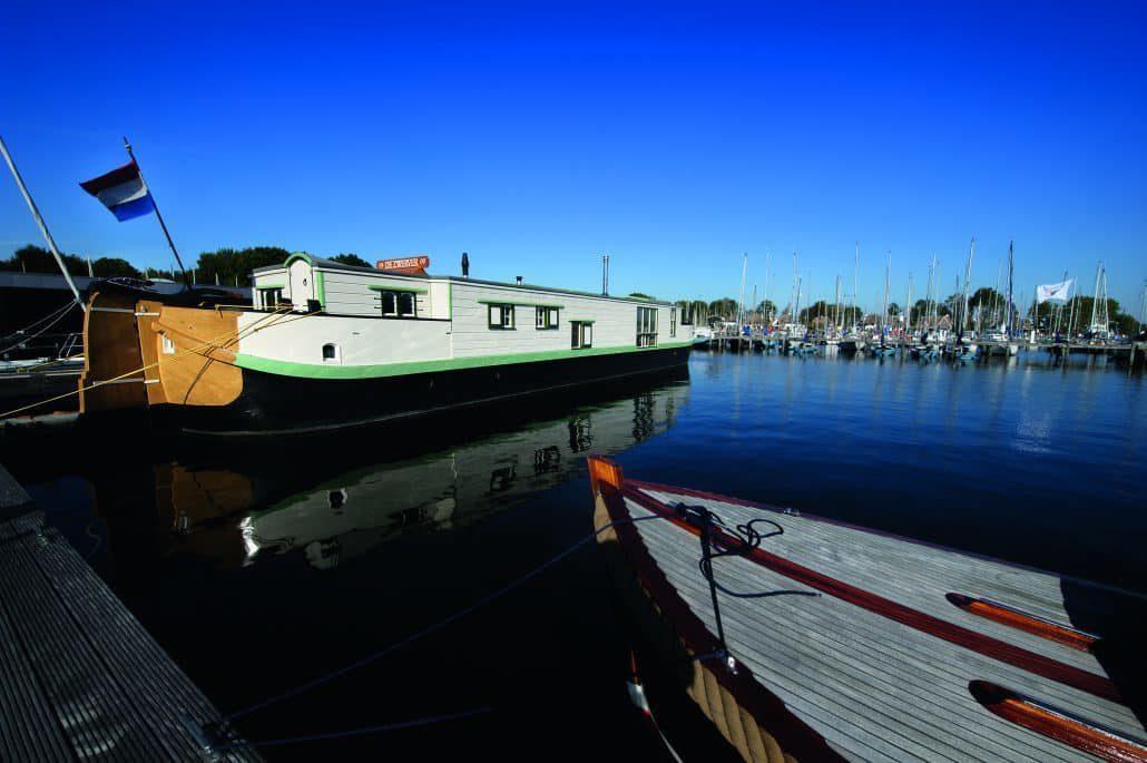 Houseboat De Zwerver