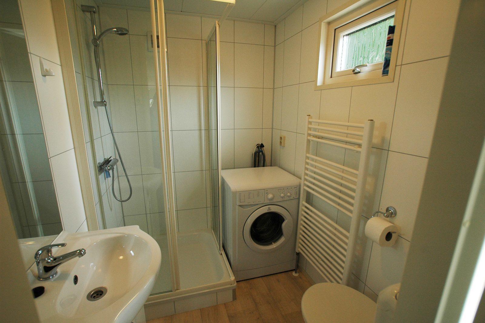 Kavel 83 badkamer