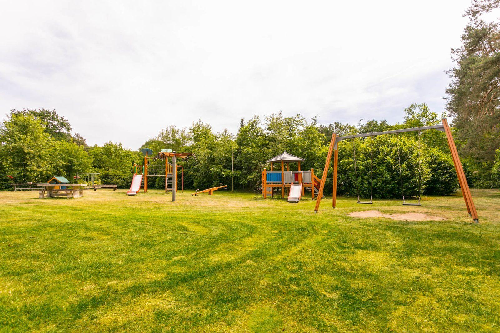 Speeltuin en speelveld