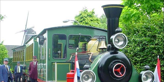 Een rit met treintje Bello van Holten naar Rijssen