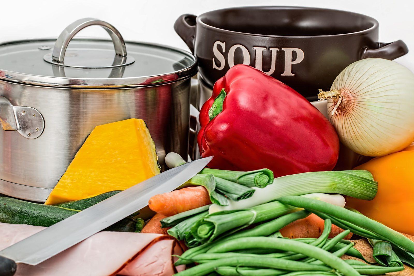 Vacature: Zelfstandig werkende kok/keukenhulp
