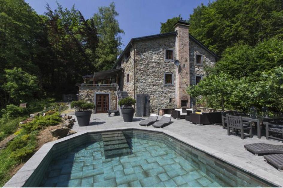 landhuis la Forêt, vakantiehuis met zwembad in de Ardennen