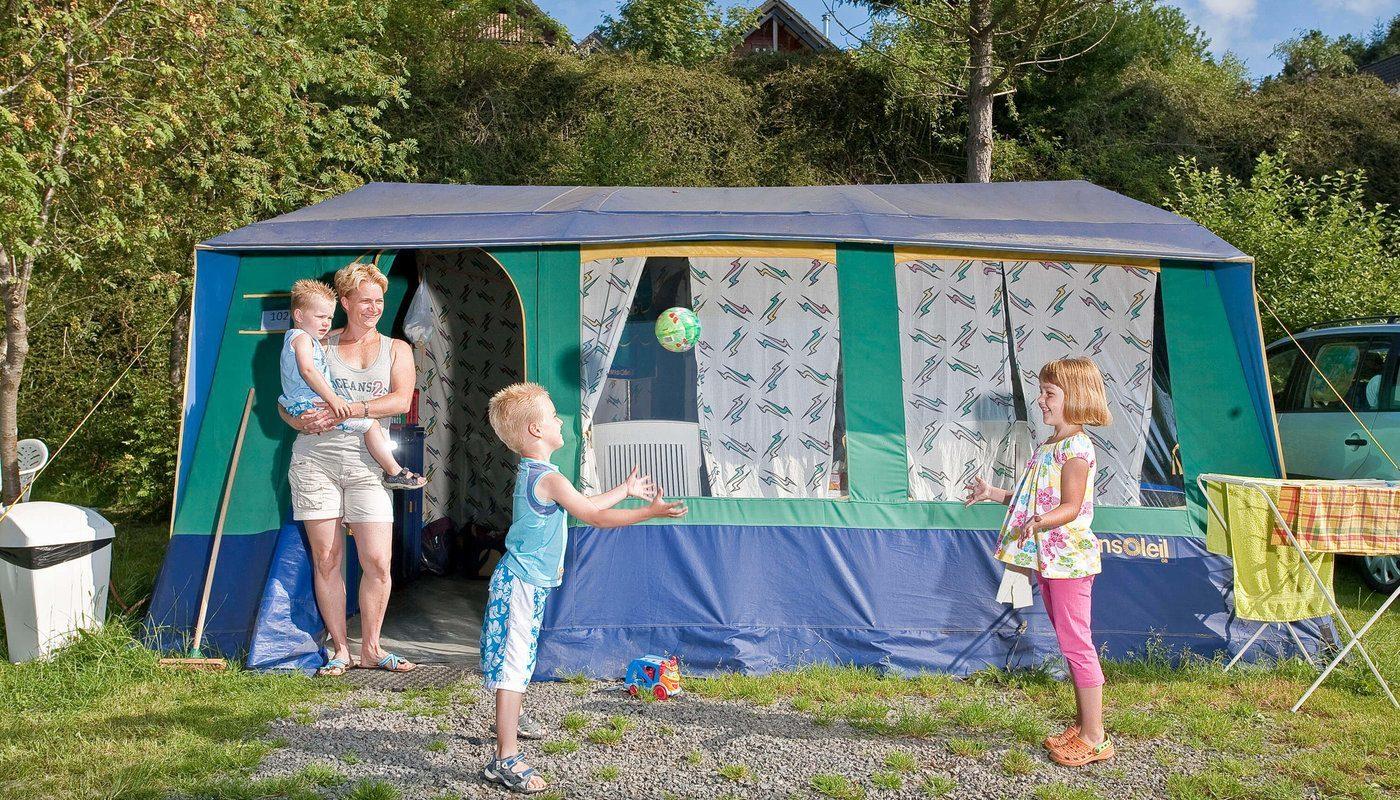 Drie seizoenenplaats op camping in de Ardennen