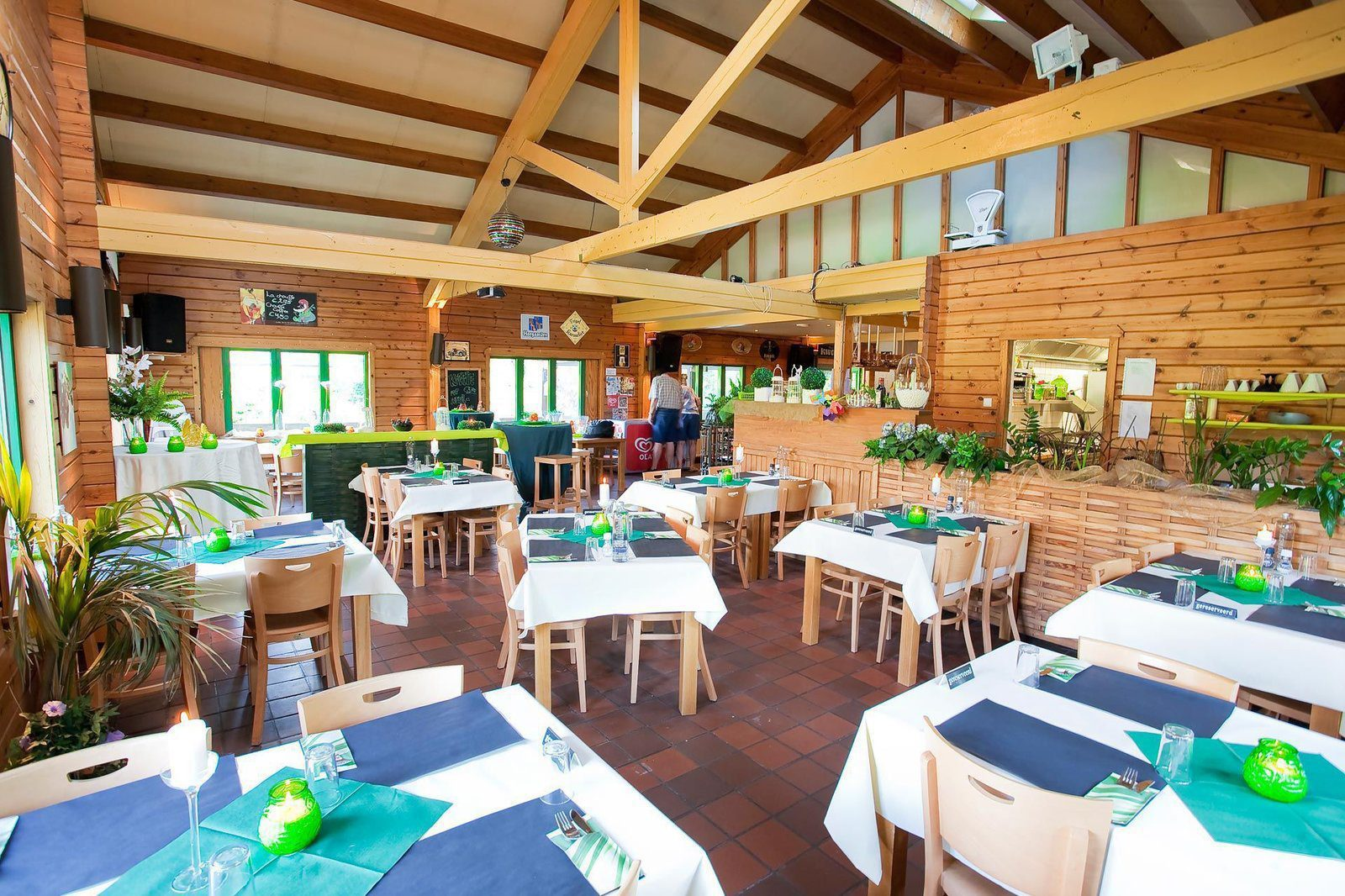 Faciliteiten - Bar en restaurant | Petite Suisse