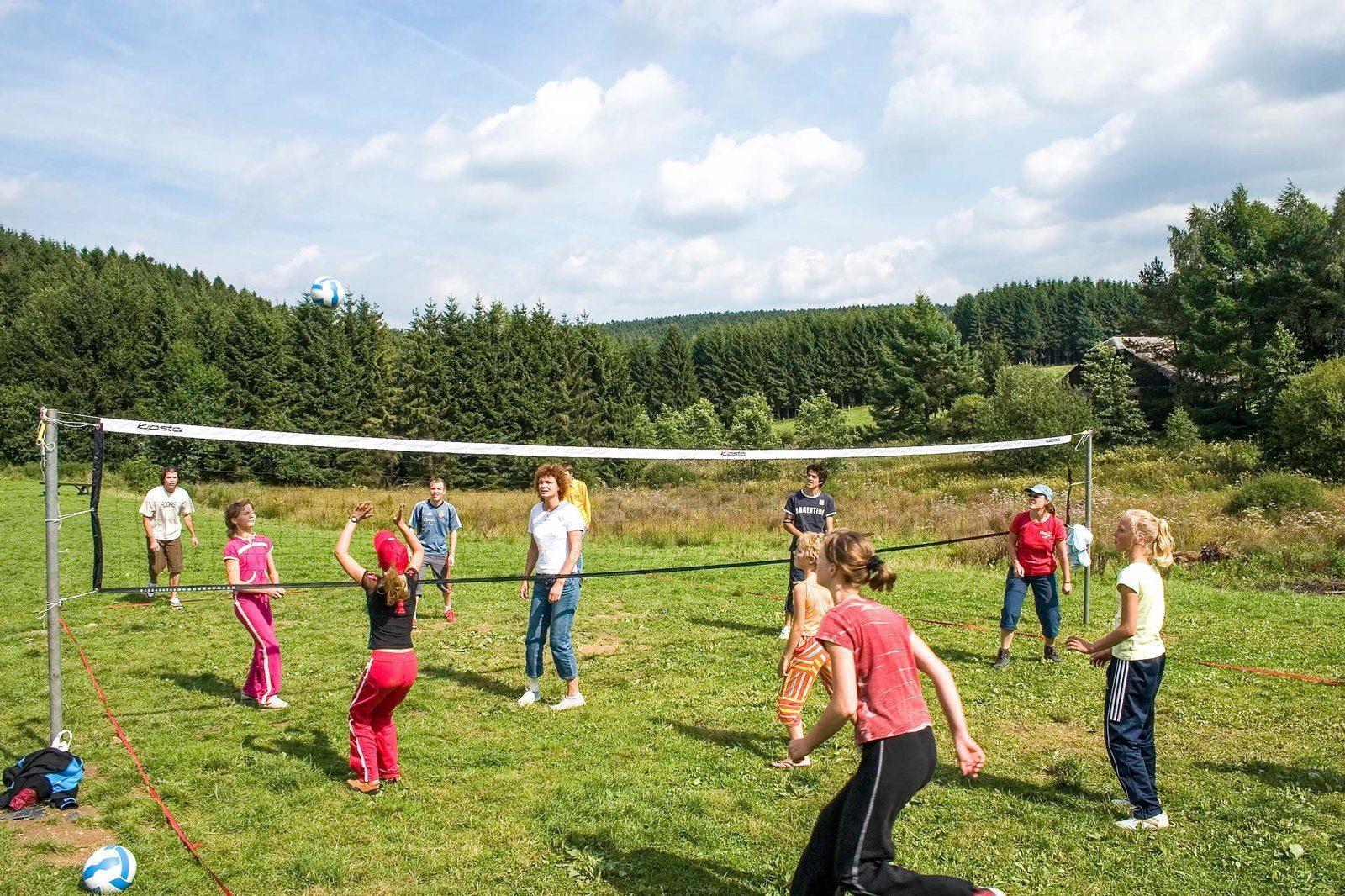 Installations - Terrain de jeu| Petite Suisse