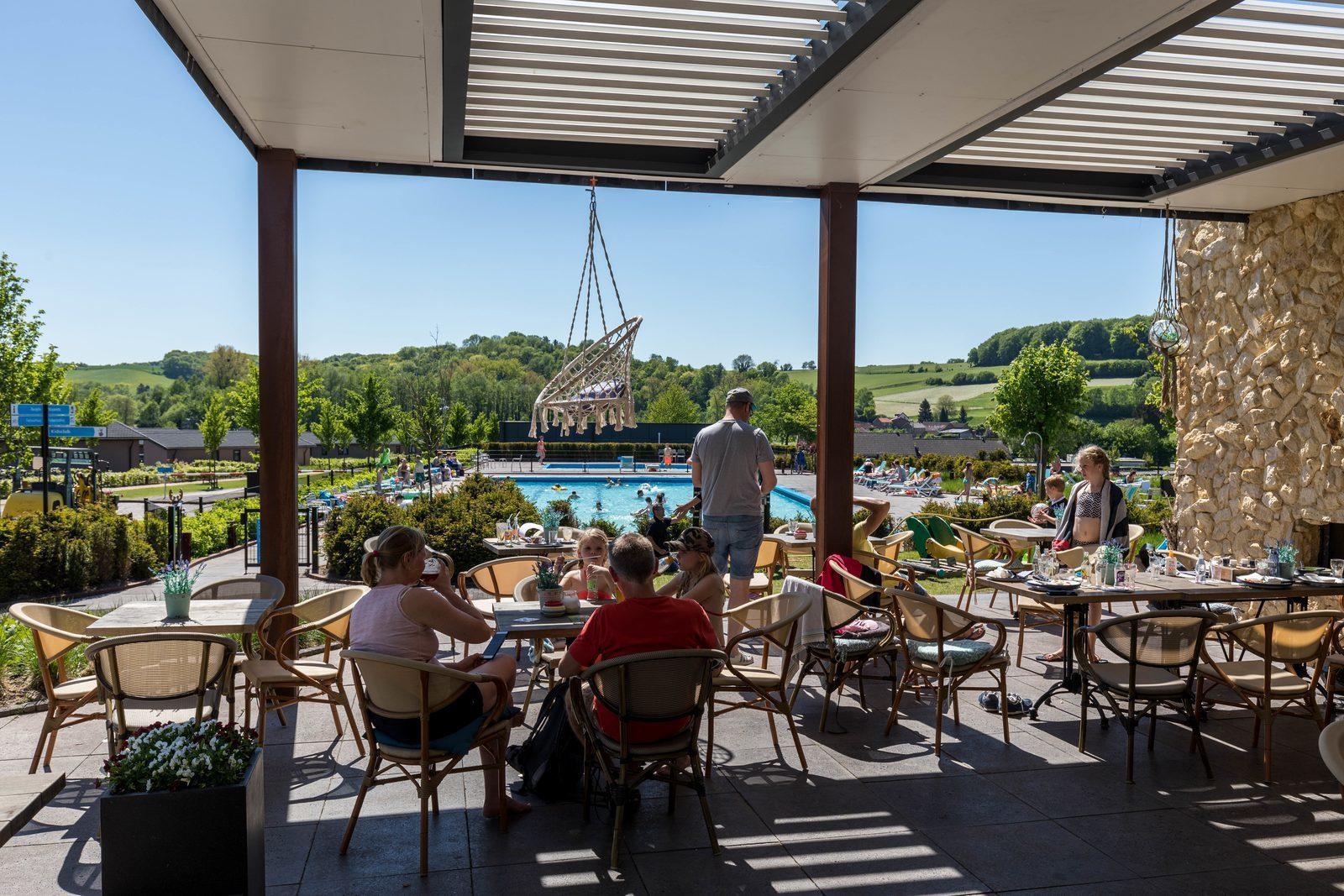 Residence Valkenburg zwembad