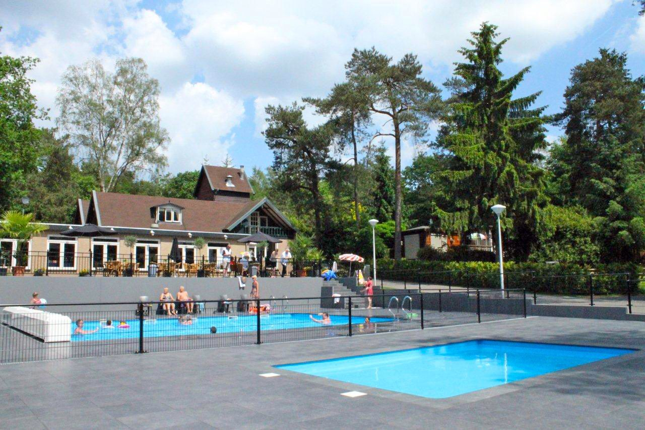 Swimming pool Holiday park Beekbergen