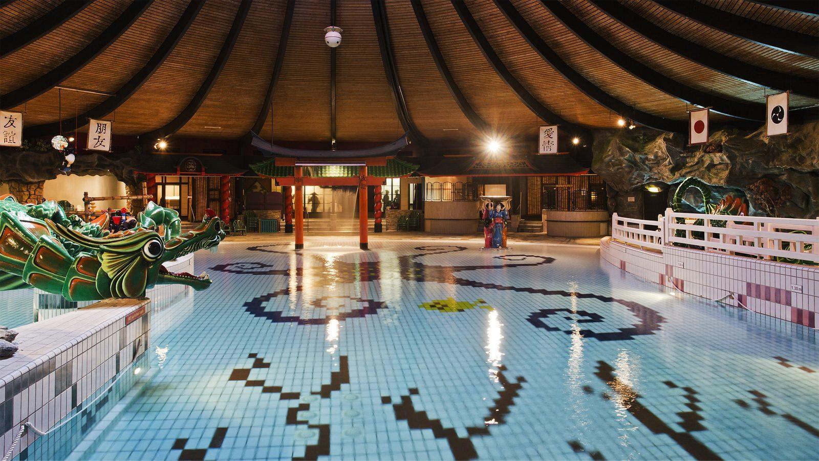 Swimming paradise De Bonte Wever