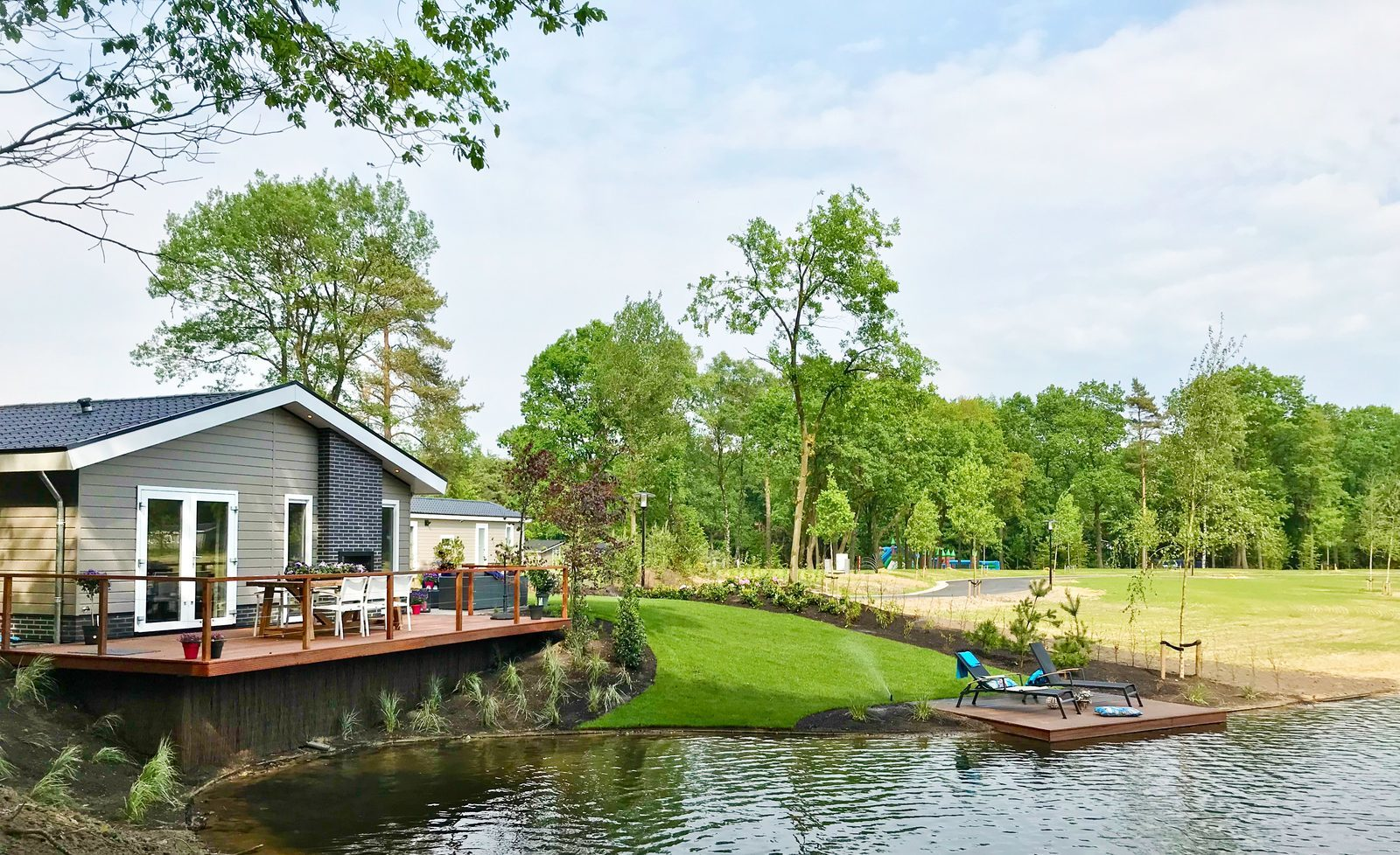"De Stentor.nl: ""Recreational park Beekbergen doubles number of holiday homes"""