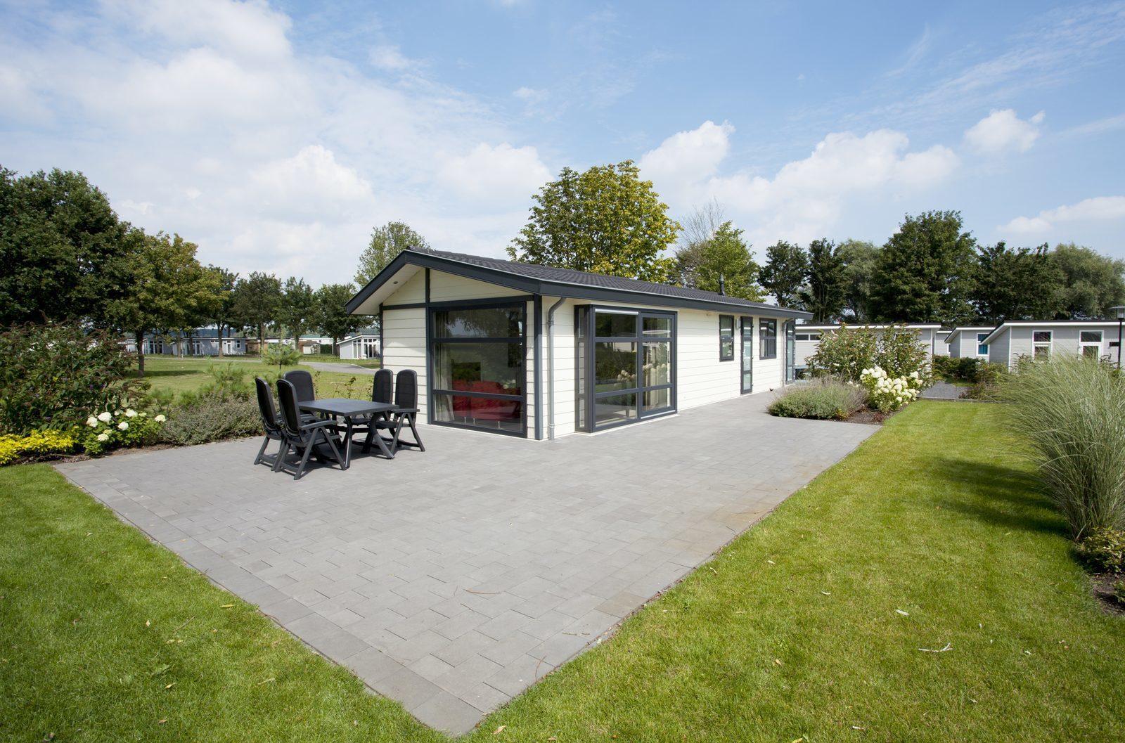 Waterparel XL aan de Maas | Gedeeltelijk/Volledige verhuur