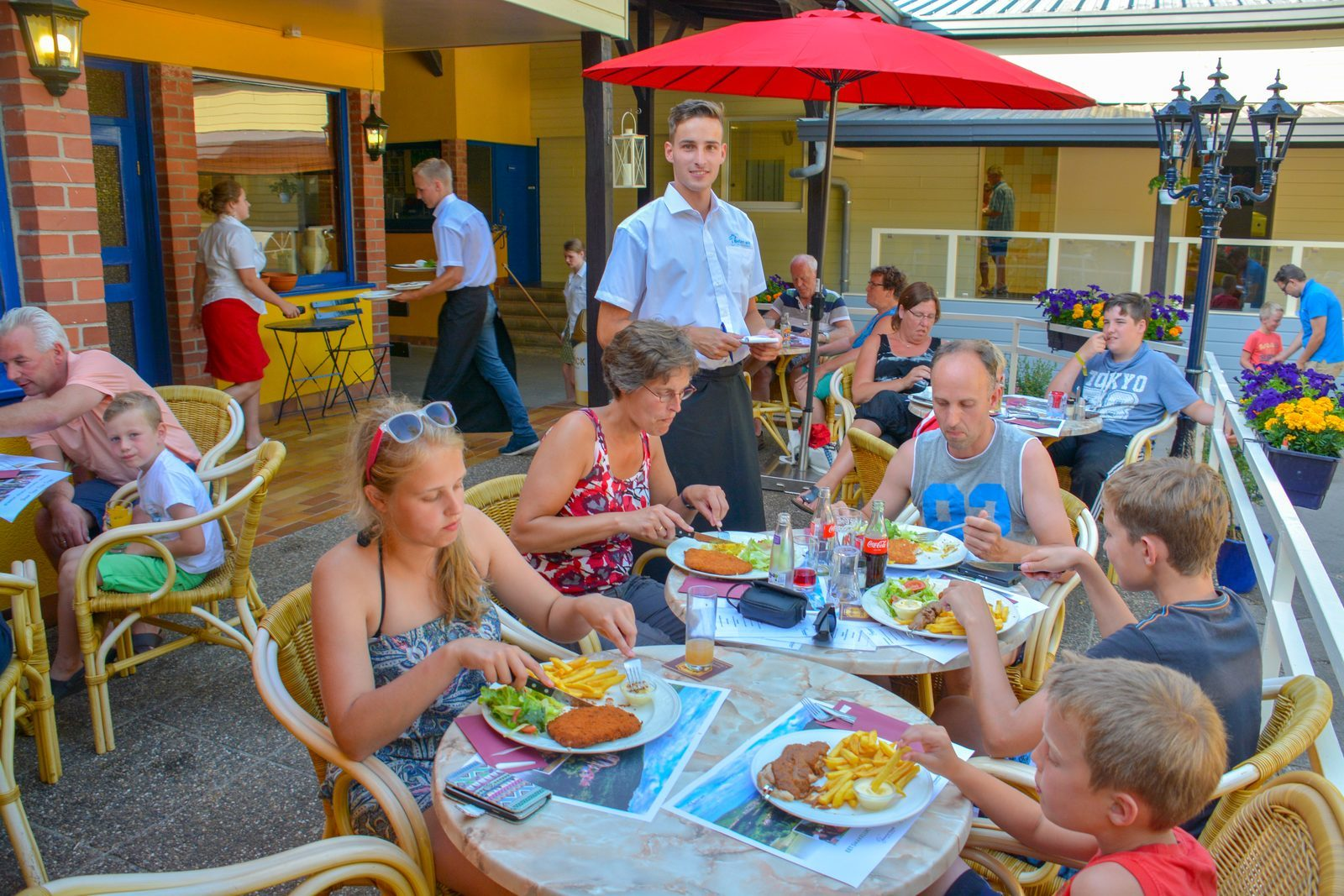 Restaurant enjoying a pleasant time with family