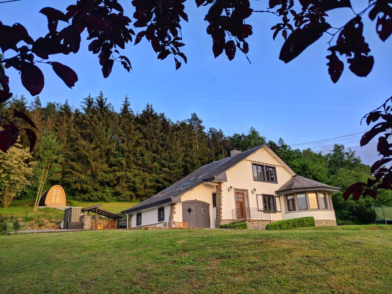 Vakantiehuis villa les Pins, vlakbij Durbuy in de Belgische Ardennen