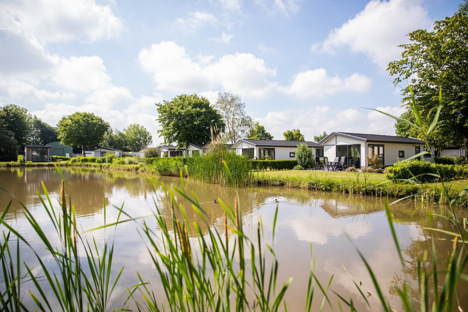 Buy a holiday home at the waterside