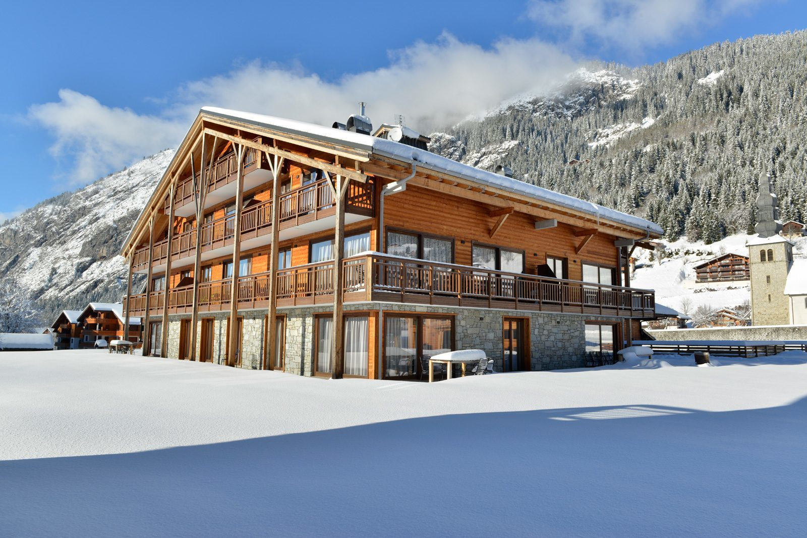 Luxury apartments by the ski slopes of Portes du Soleil
