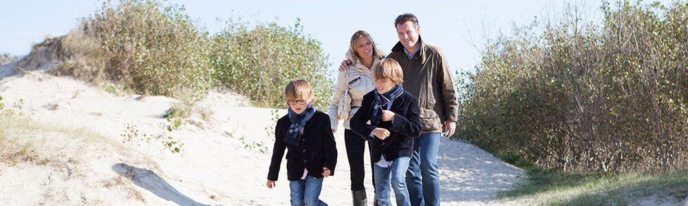 faire des promenades dans les dunes