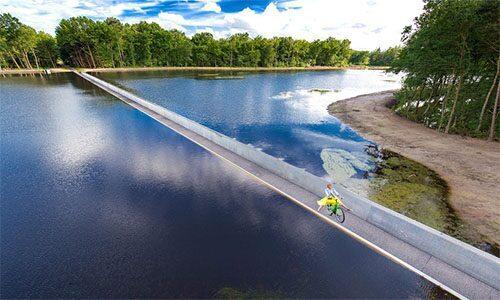 Fietsen door het water Limburg