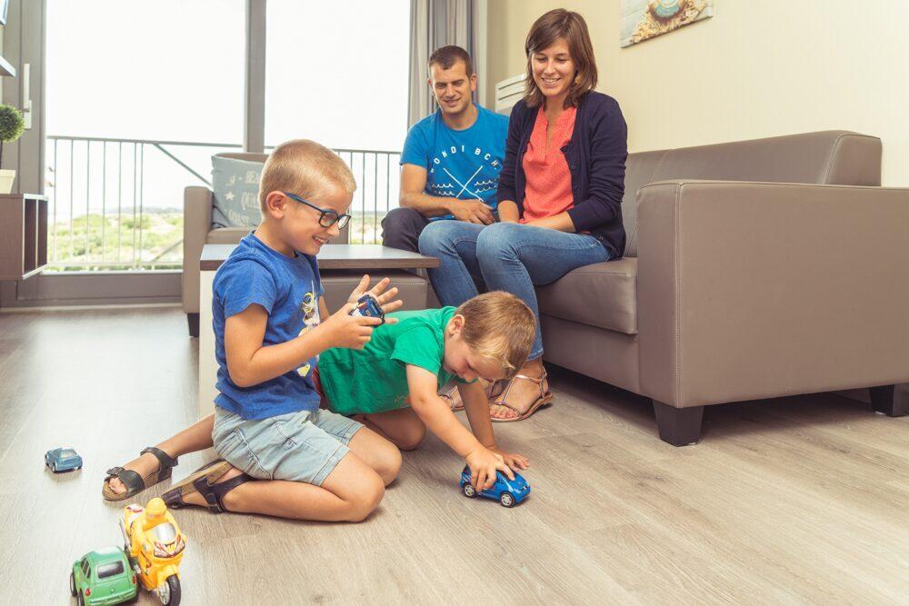 Les enfants jouant à Bray-Dunes