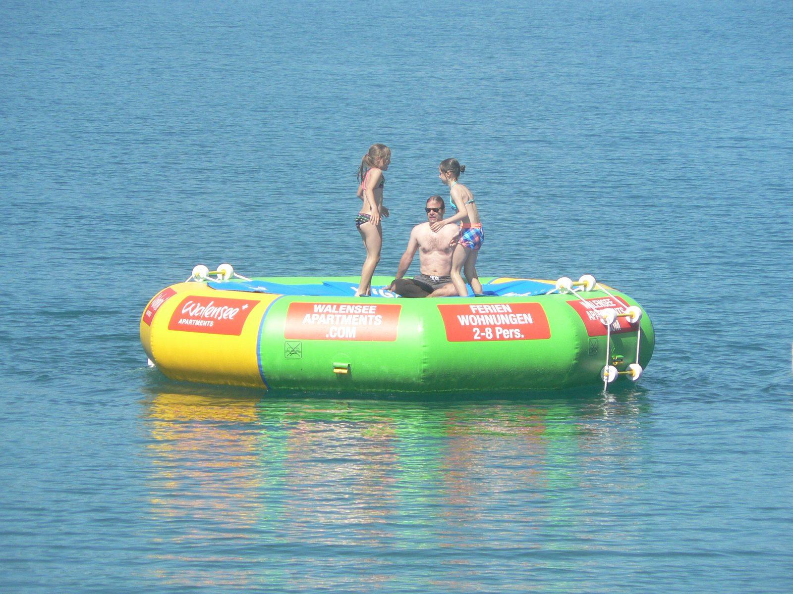 Ons trampoline eiland