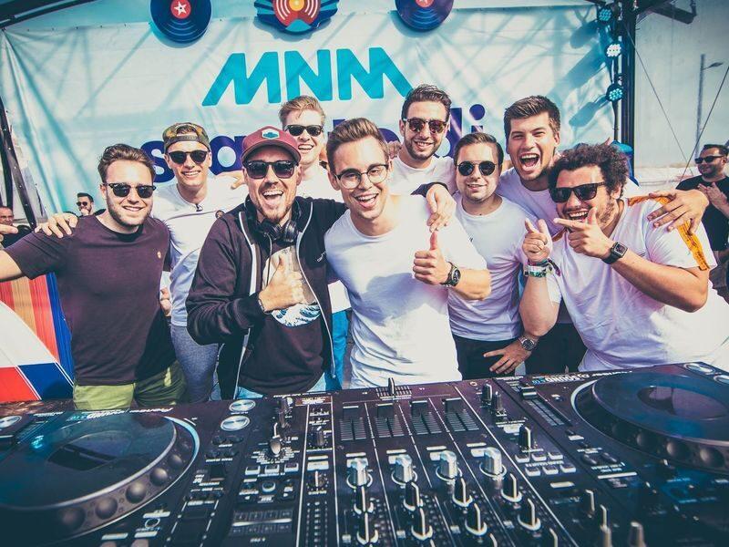 MNM Start to DJ