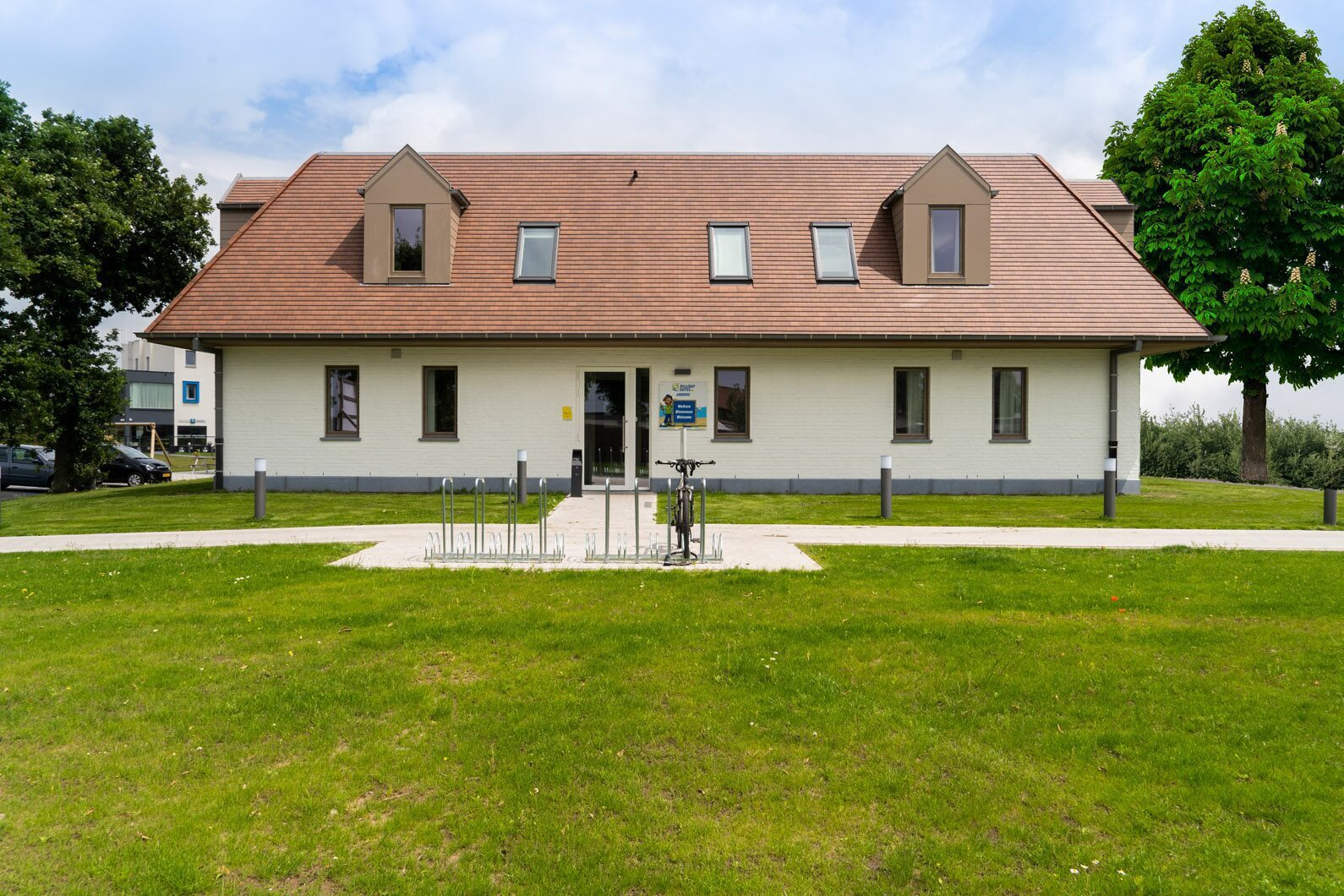 Stay at Holiday Suites Jabbeke