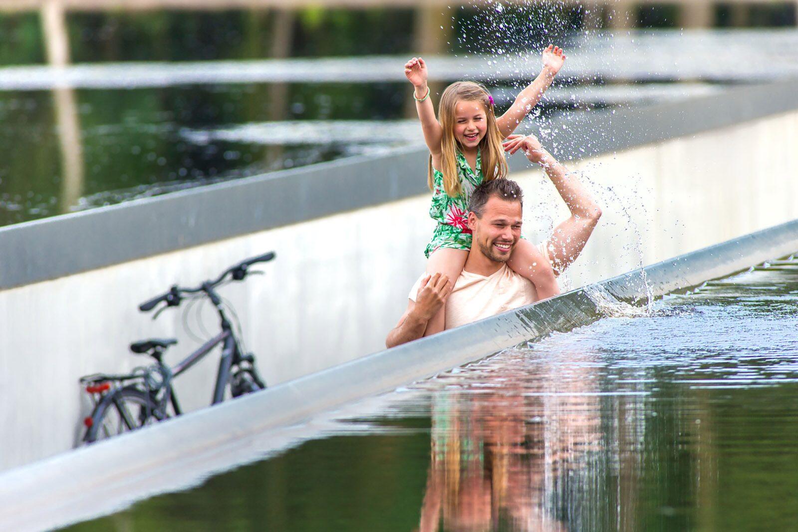 Holiday Suites Houthalen-Helchteren Fietsen door het Water