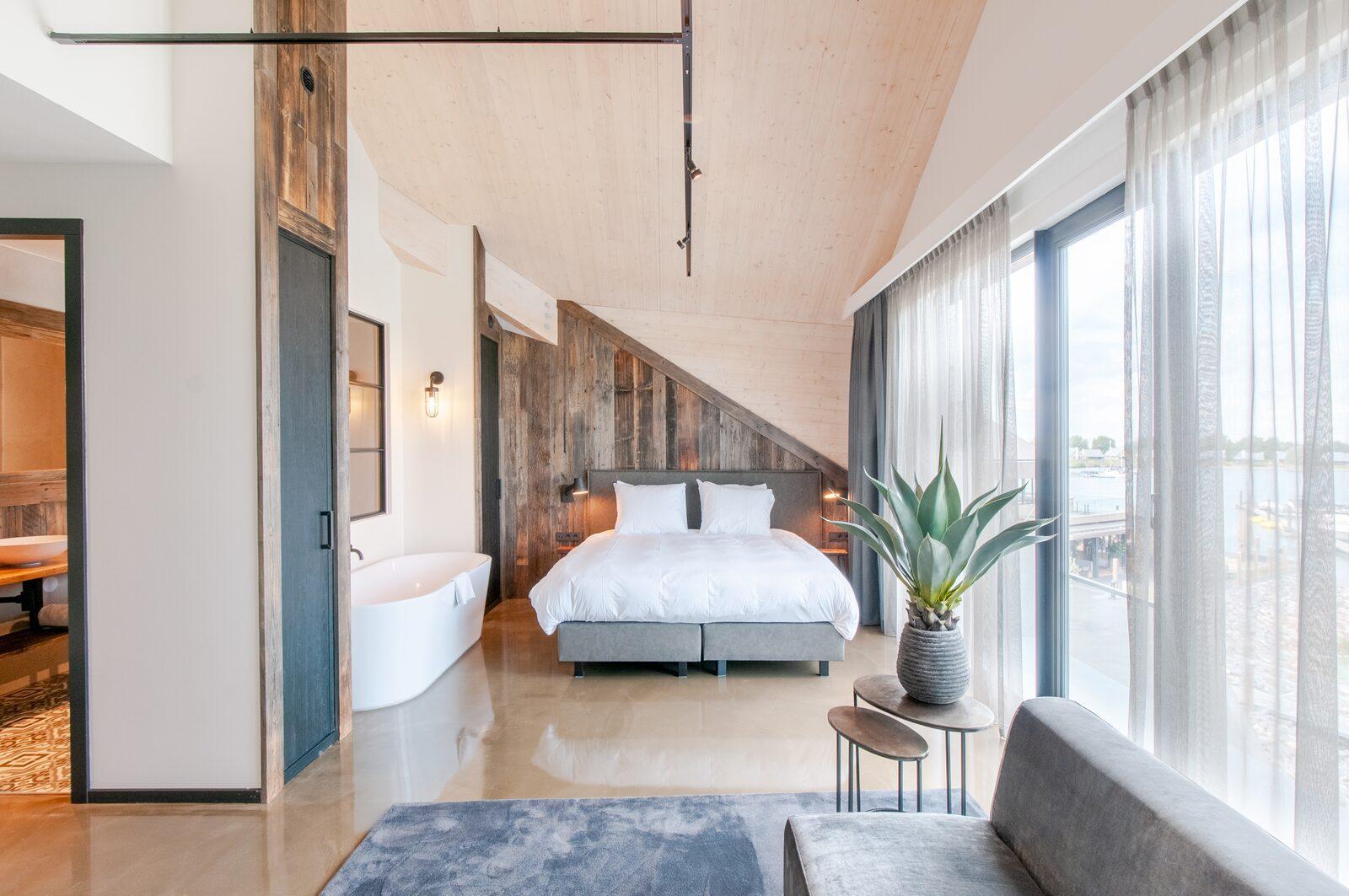 Book a last minute hotel Zeeland