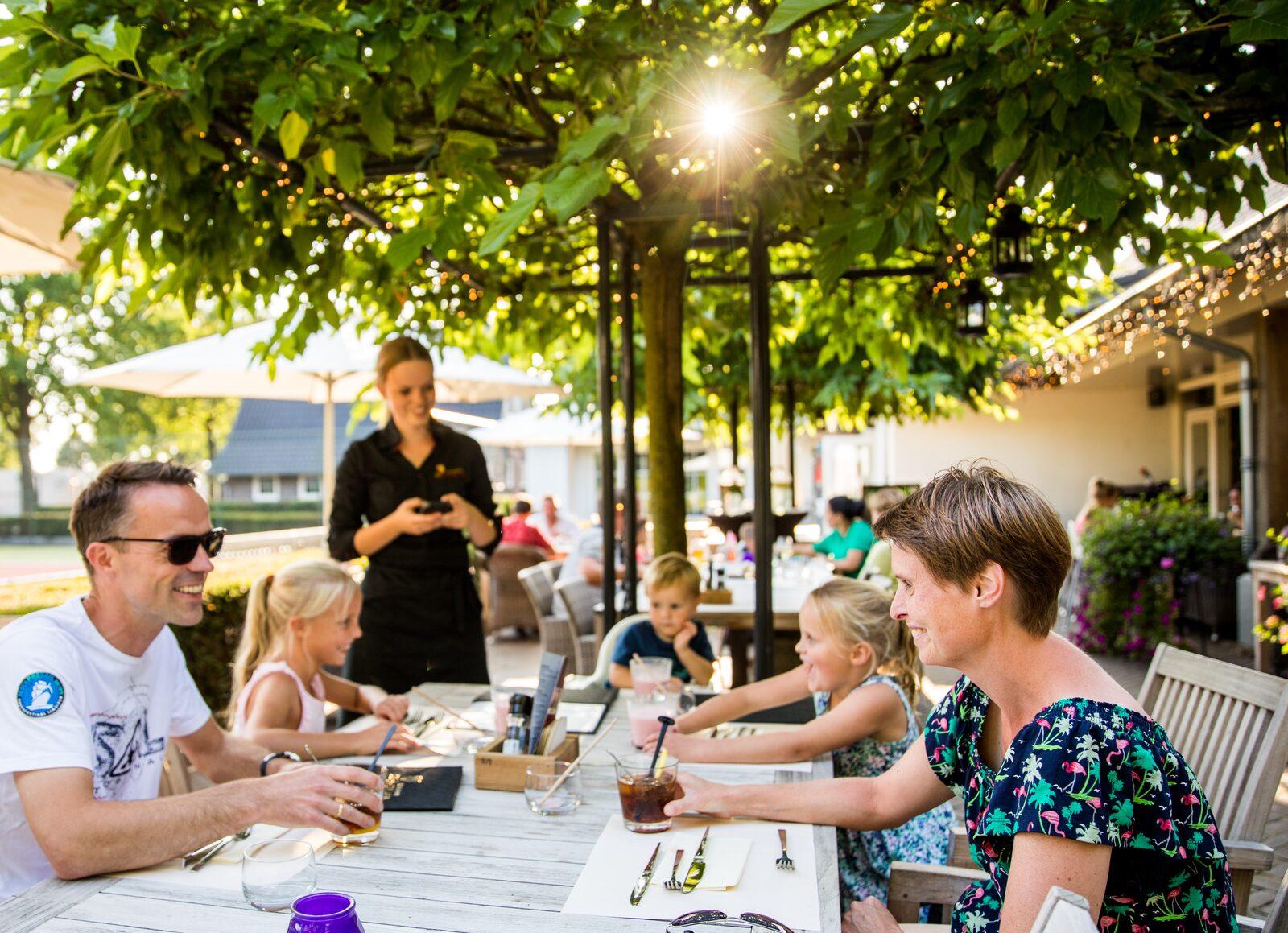 Werken bij restaurant De Hazelaer