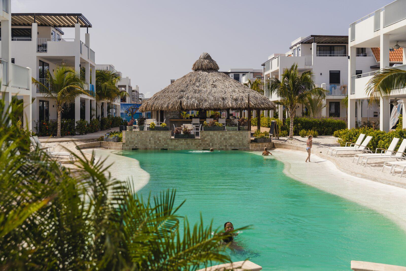 Resort com piscina privativa