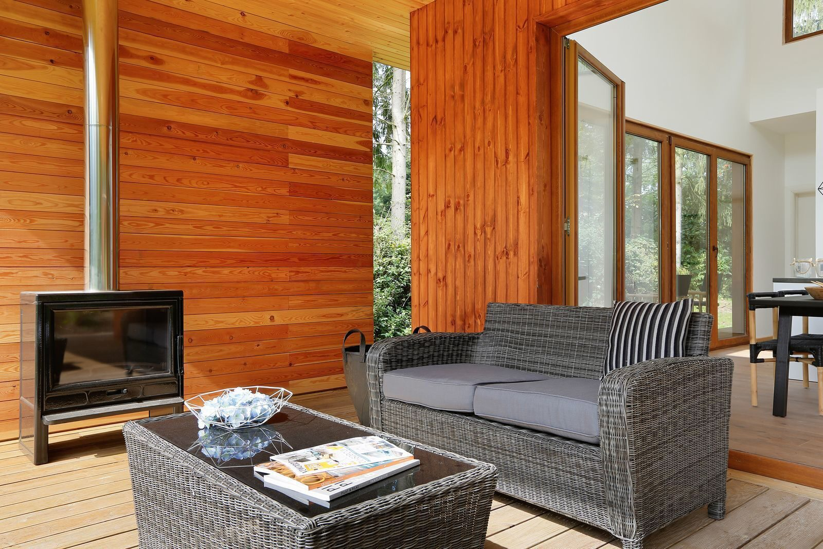 Rent a cottage fireplace