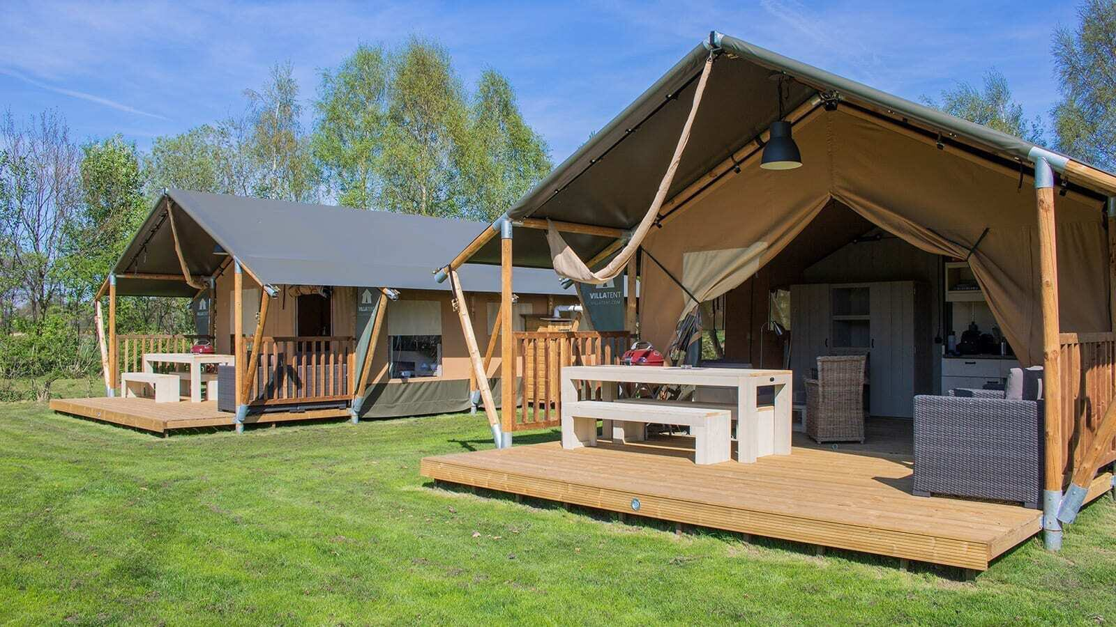 Ein eingerichtetes Zelt mieten: die fünf Vorteile