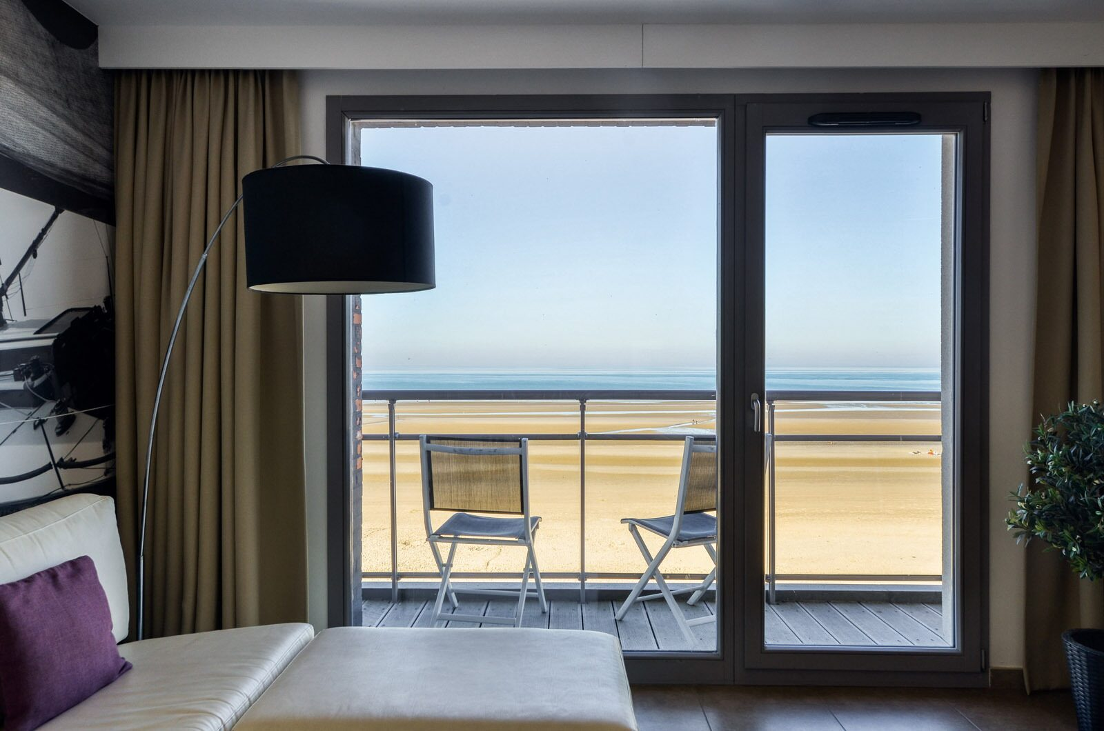 Wake up with a stunning seaview