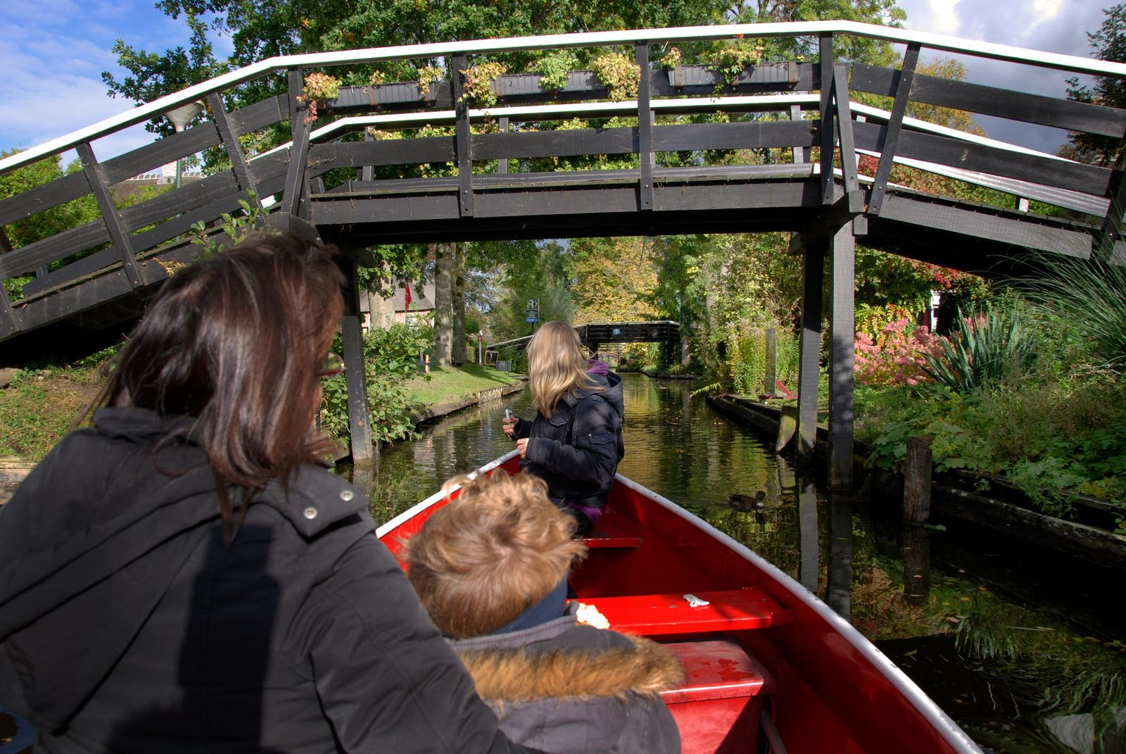The town of Giethoorn