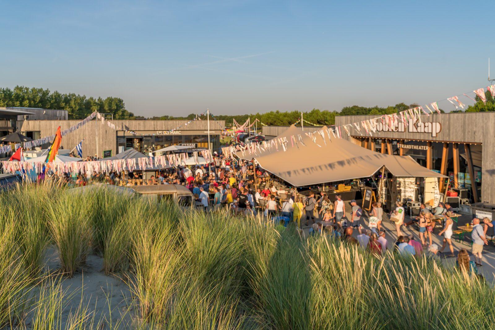 Festival op strandplein | Ouddorp Duin