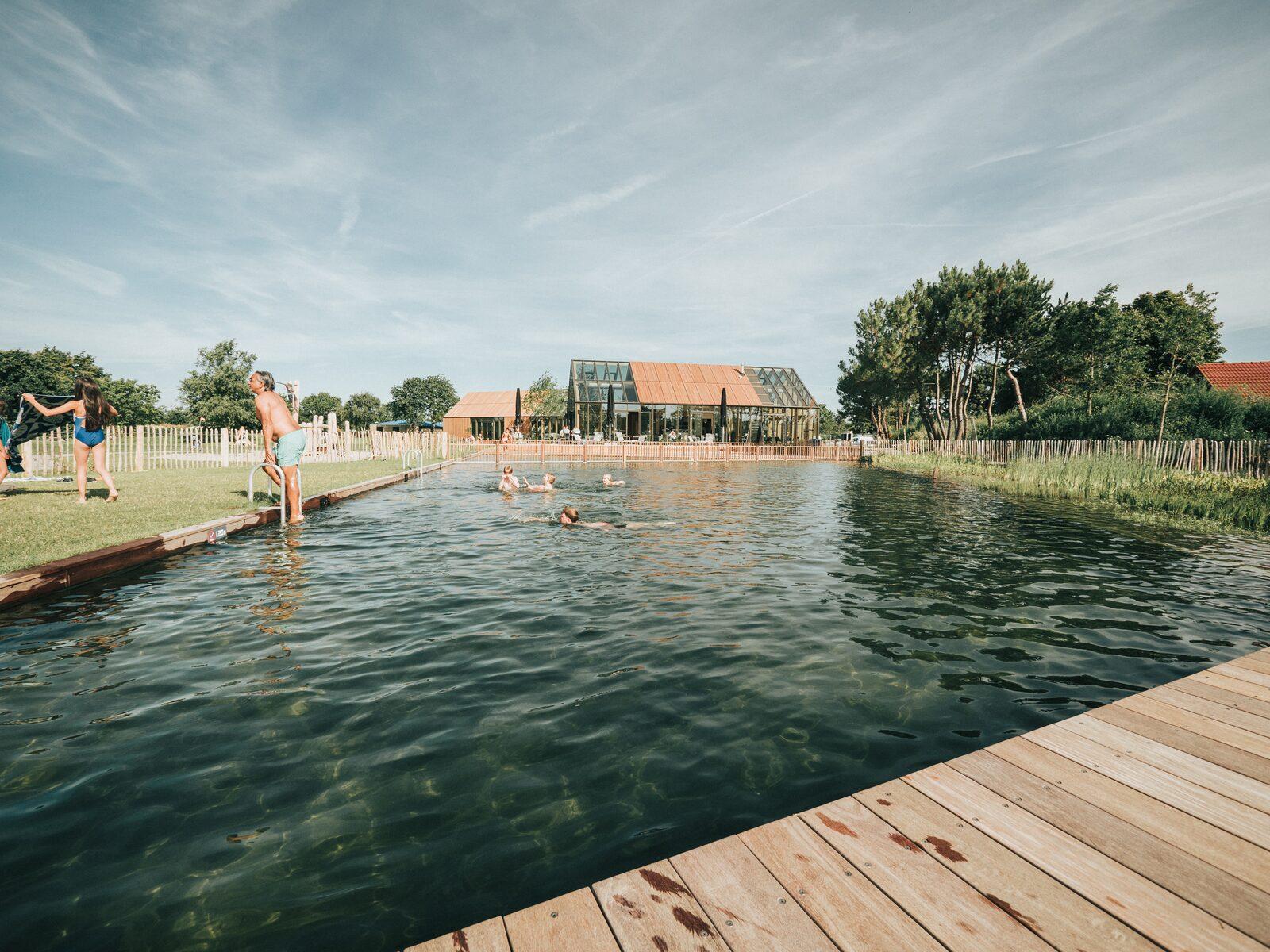 Natuurlijke zwemvijver | Vakantiepark De Klepperstee